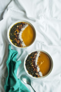 Pumpkin smoothie bowl